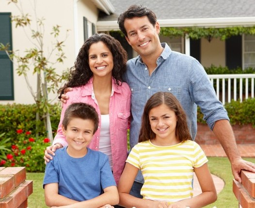 Family in Yard - Exterminator Services